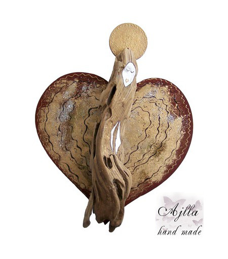 aniołek drewniany